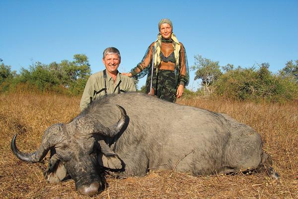 Елена проклова на охоте с мужем